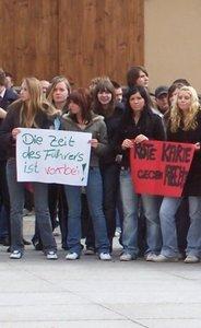 Demonstration in Rheinsberg im April 2005 (Foto: Opferperspektive)