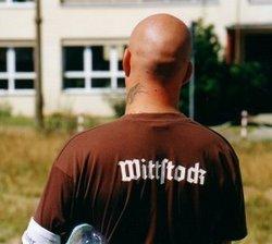 Ordner bei einer Neonazi-Demonstration im August 2004 in Wittstock (Foto: Opferperspektive)